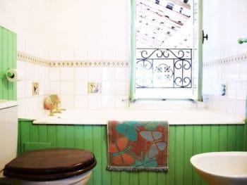 Authentic Cottage Bathroom