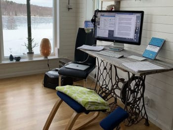Make a Temporary Office Quickly