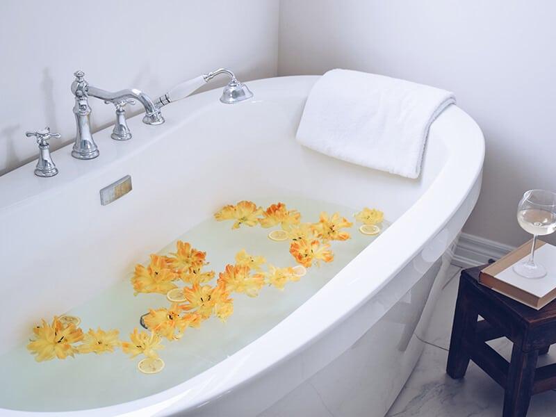 Flowers Bathtub